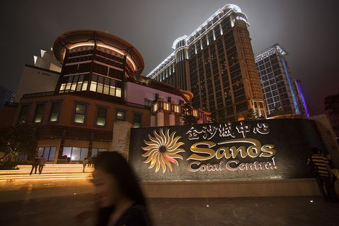 Sands China Profit Jumps 52% Aided by New Macau Casino Resort