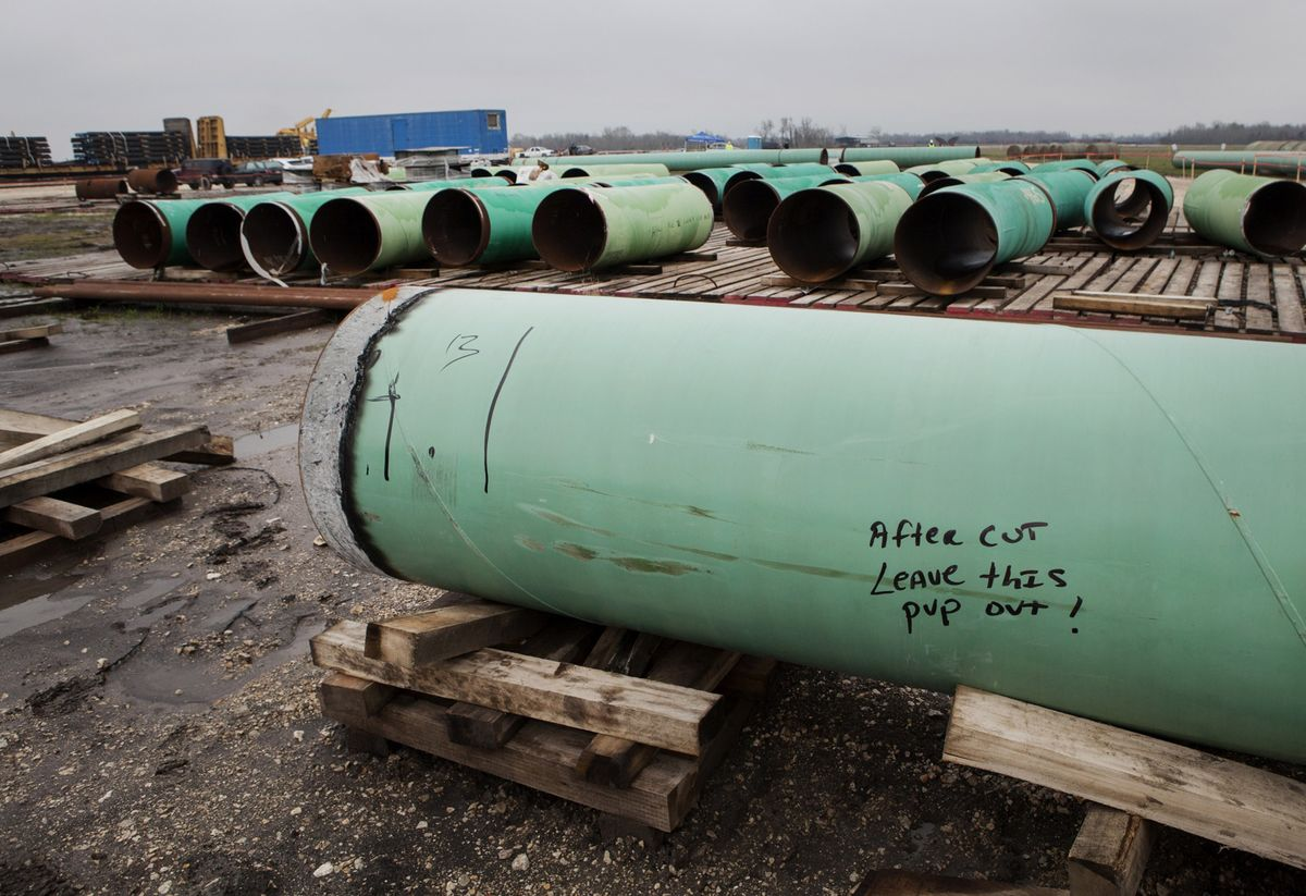 bloomberg.com - Emily Chasan - The Problematic Future of Gas Pipelines