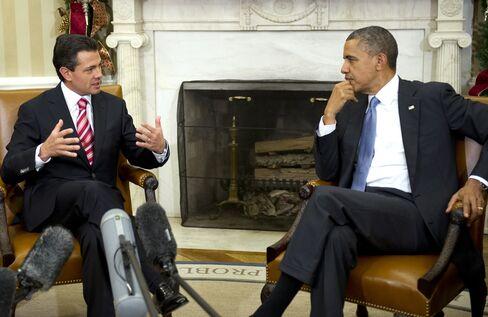 Obama's Mexico Trip Ties Immigration Debate to Economic Growth