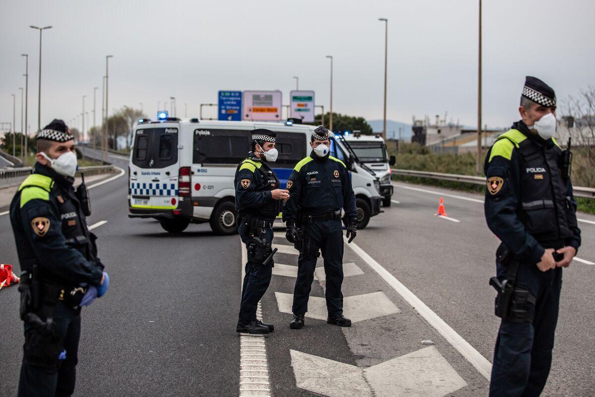 Barcelona Urban Guards Patrol Virus Checkpoint