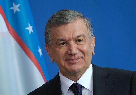Uzbekistan Unblocks Foreign Media, Rights Groups Websites