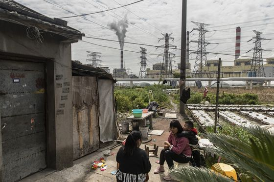 One of China's First Carbon Market Believers Awaits First Trade