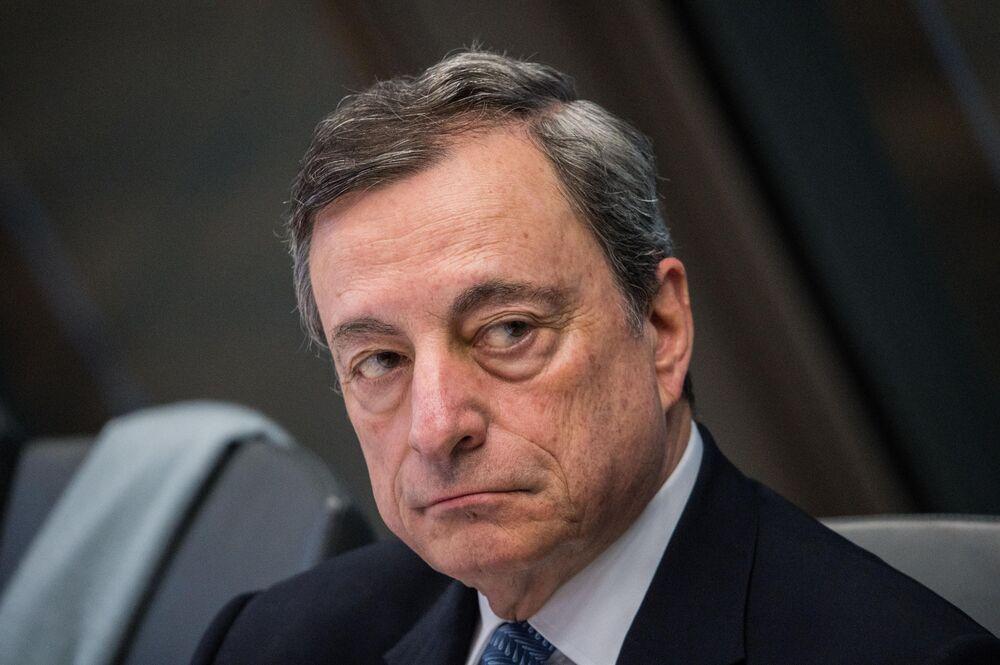 Draghi Shines Spotlight on Risks to Europe's Upstart Fintech Hub