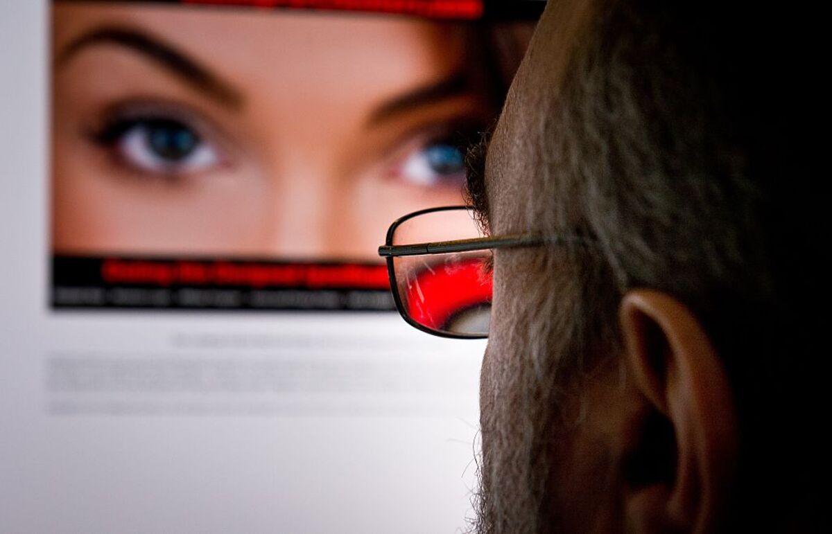 Fake AI People Won't Fix Online Dating