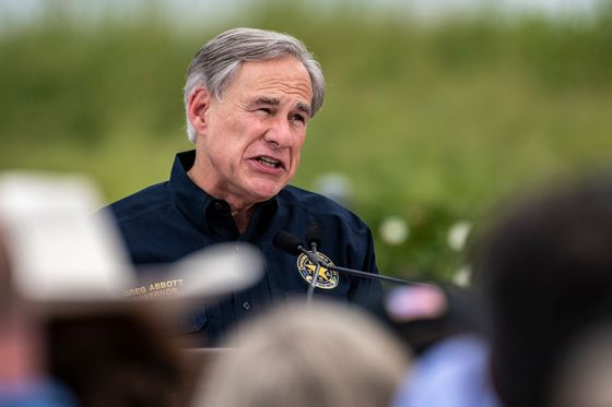 Texas Governor Backs Fossil Fuel, Nuclear Power Incentives