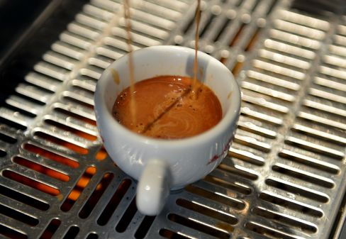 Coffee Falls to Lowest Since 2010 on Inventories, Brazil Crops