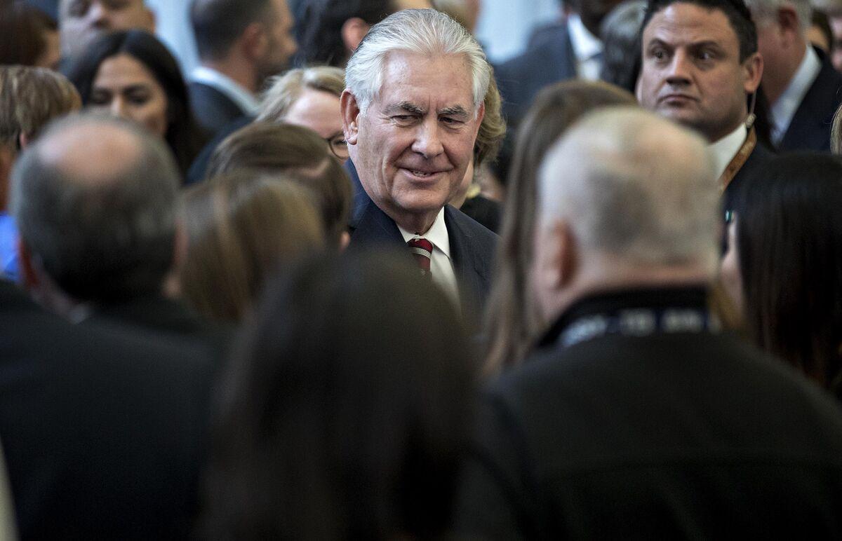 Tillerson Faults Saudi-Led Bloc for Failing to End Qatar Crisis