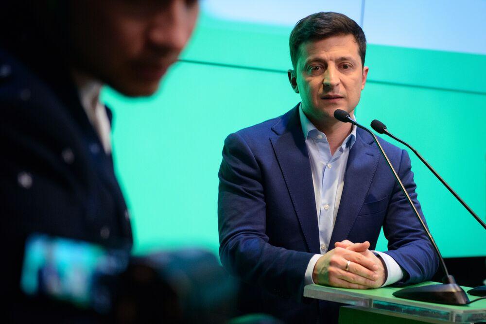 Ukraine Top Prosecutor Wants to Keep Job Under New President