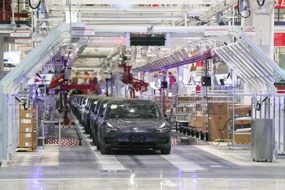 Tesla to Start Exporting China-Made Model 3 Sedans to Europe