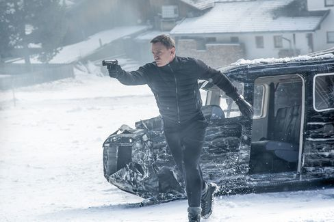 Bond wore Tom Ford outerwear on location in Austria.