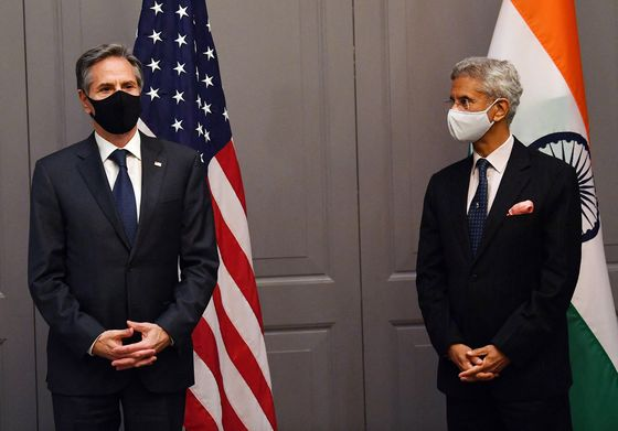 Indian Delegation Self-Isolates at G-7 Meeting of Top Diplomats