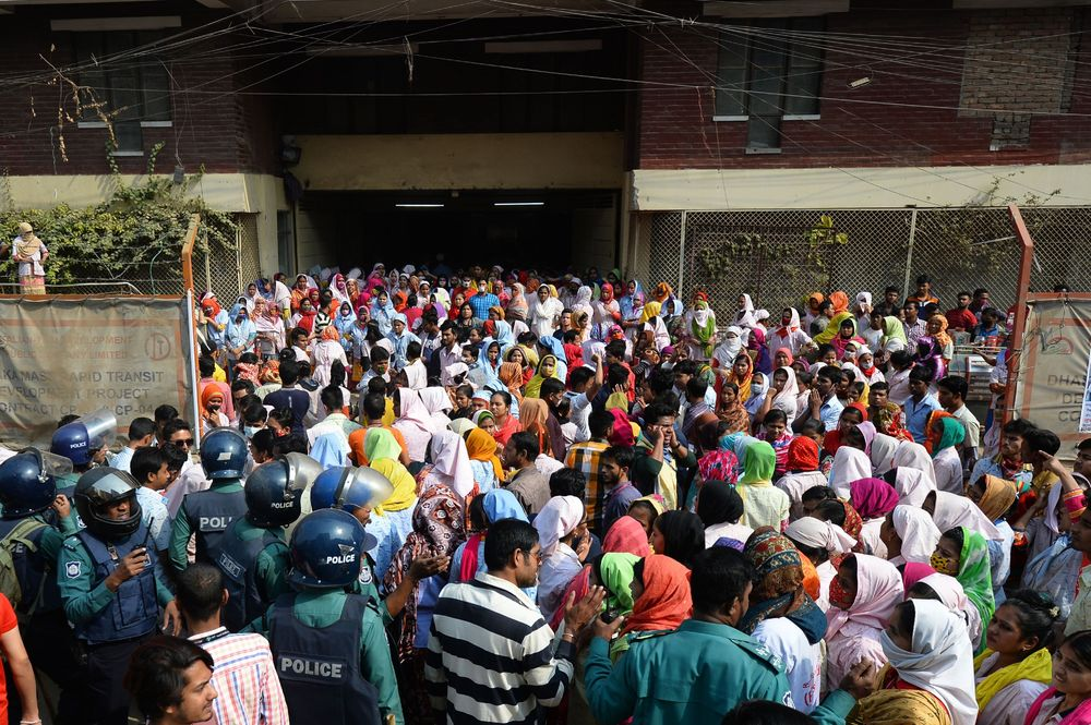 Thousands Fired From $30 Billion Bangladesh Garment Sector - Bloomberg