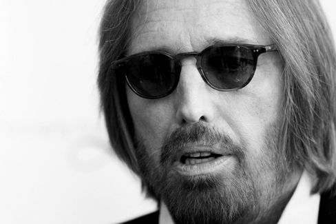 Amazon Exec Defrauded by Fake Tom Petty Booking Agent