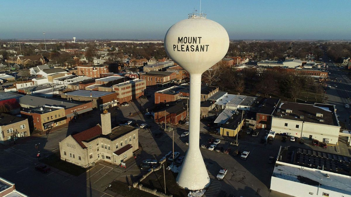 Two Towns Forged an Unlikely Bond  Now, ICE Is Severing the