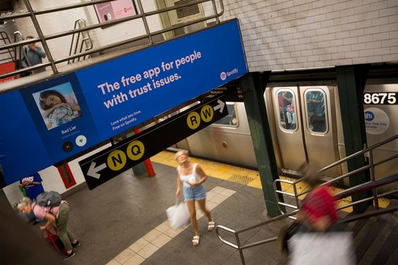 Startups Colonize New York Subway, Pricing Out Plastic Surgery Ads