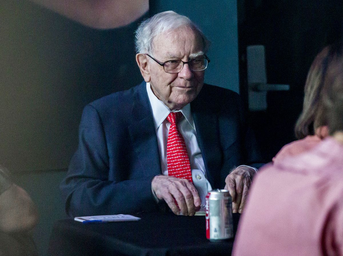 Warren Buffett Says Reaching for Yield Is 'Stupid,' But a Human Impulse