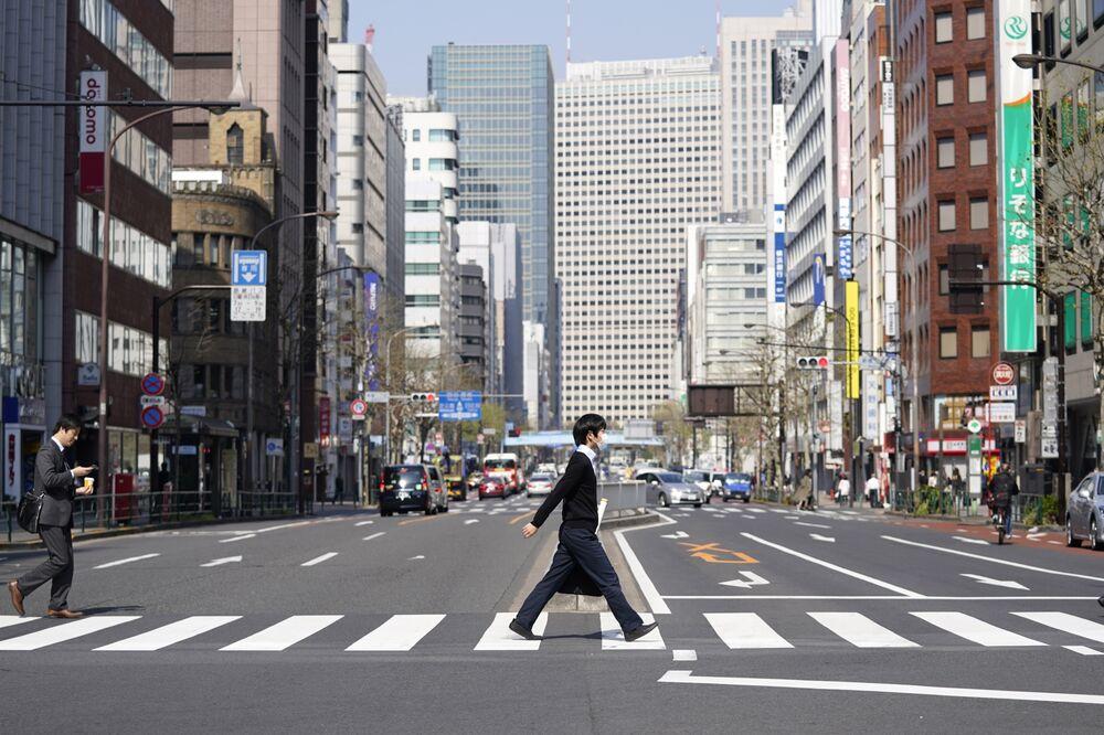 自粛 東京 いつまで 外出