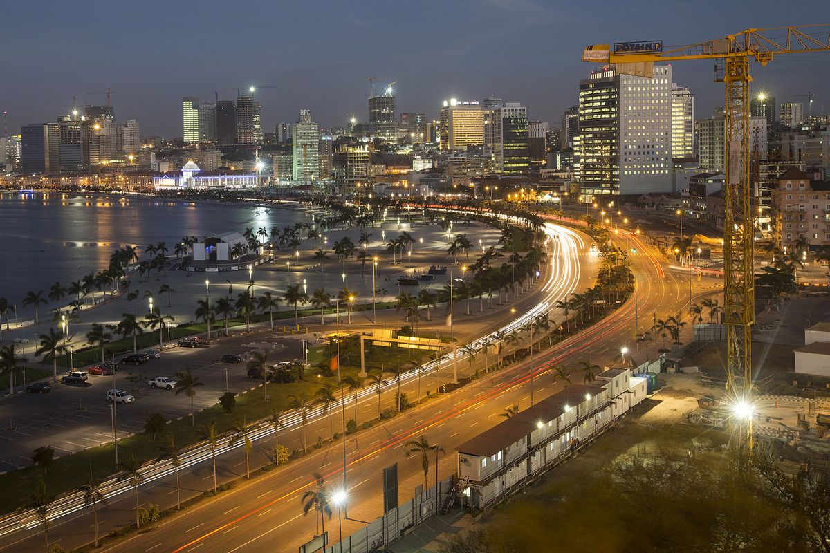Angola Seen Returning to Growth in 2020 After Four-Year Slump