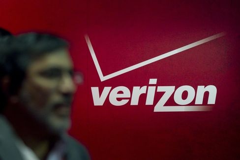 Verizon First-Quarter Profit Beats Estimates on Smartphones