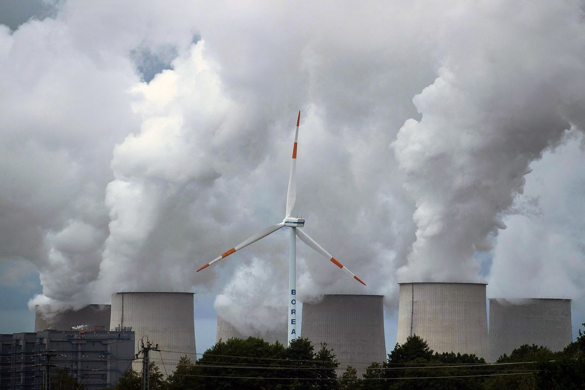 bloomberg.com - Laura Millan Lombrana - Carbon Markets Fail to Win Backing at UN Climate Talks
