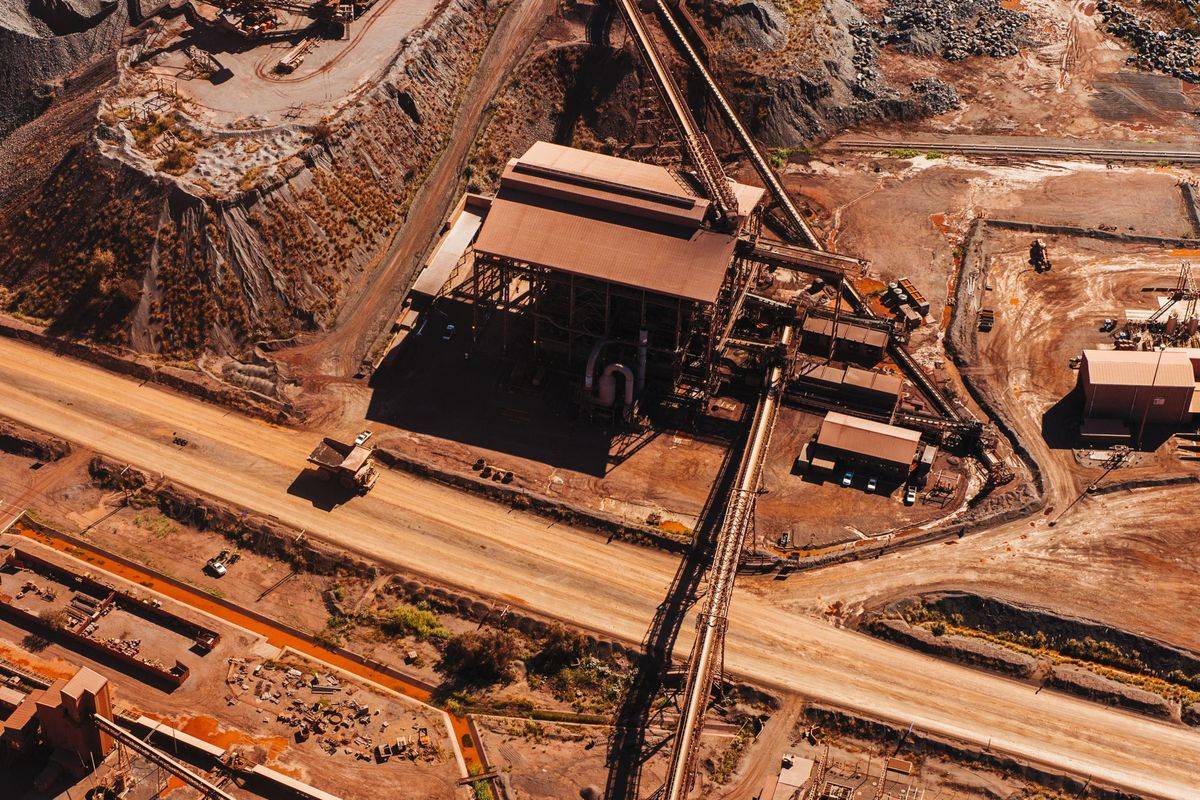 South African Mining Output Rises For First Time in Nine Months