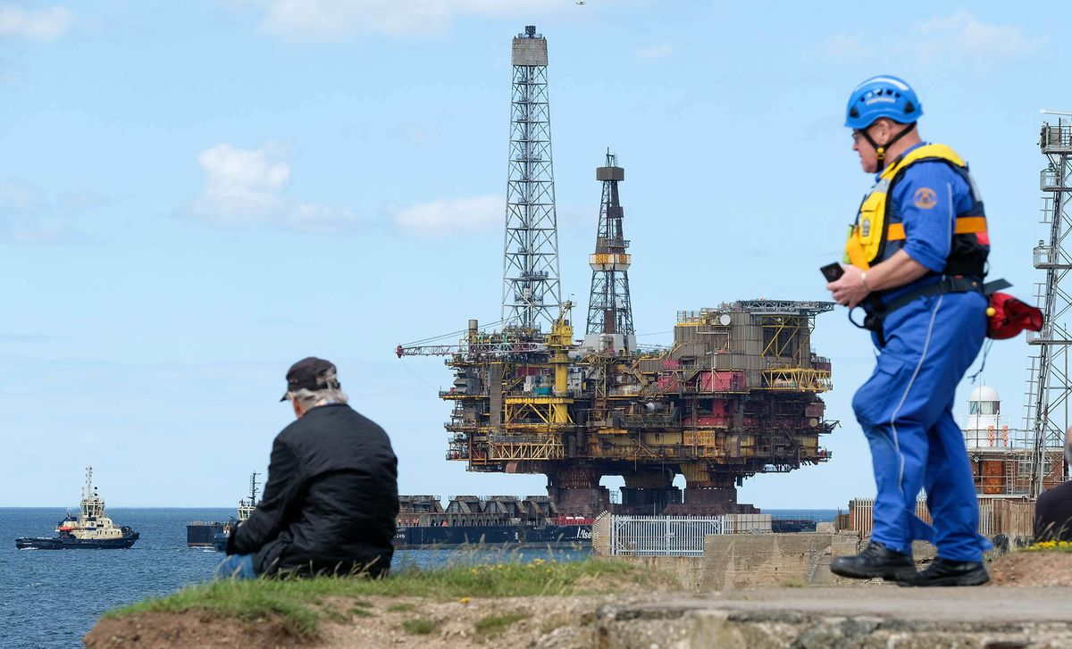 Future of Brent Oil Platform's Giant Legs Remains Uncertain