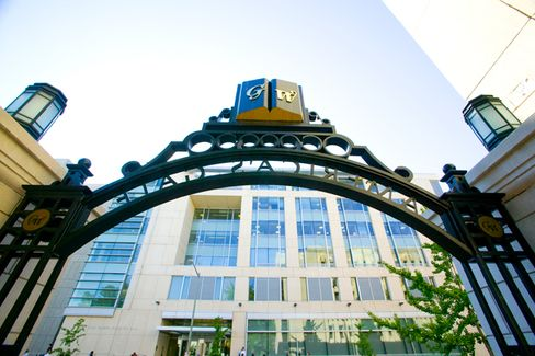 B-Schools Jump on the Online MBA Bandwagon
