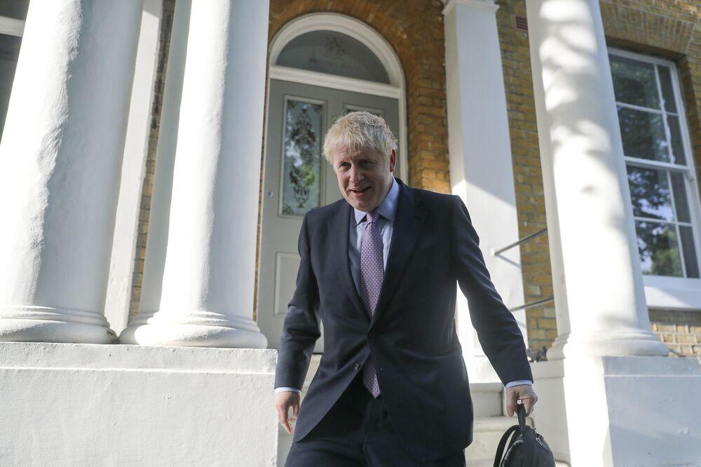 Johnson's Backers Eye Early U.K. Election, Despite Brexit Crisis