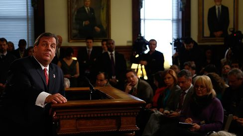 New Jersey Governor Chris Christie speaks about the so-called Bridgegate traffic scandal on Jan. 9, 2014, in Trenton, N.J.
