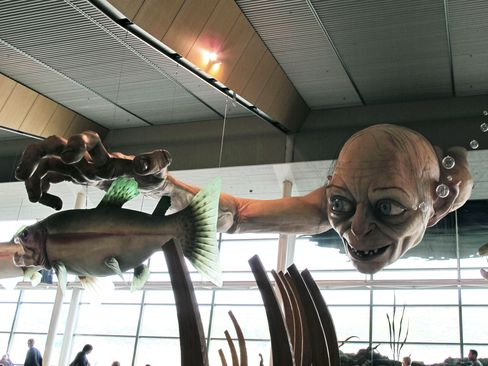 Hobbit Gets Red-Carpet Welcome as New Zealand Eyes Dwarven Gold