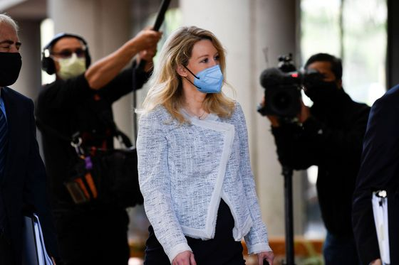 Theranos Founder's Dream Jury Would Be Silicon Valley Savvy