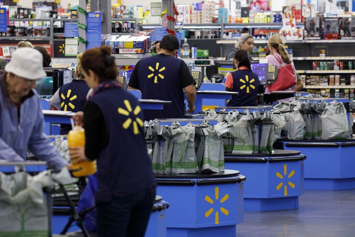 Walmart's New Credit Cards Have One Big Goal: Boost E-Commerce
