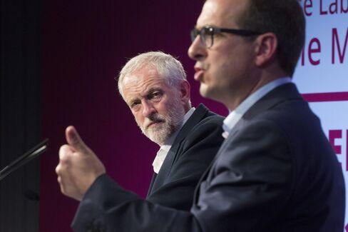 Jeremy Corbyn, left, and Owen Smith.