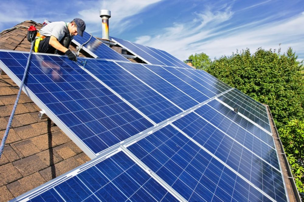 7 Things To Know Before Installing Solar Panels On Your Roof Bloomberg