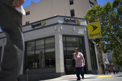Sprint Says Holders of 97% of Stock to Get Cash in SoftBank Deal