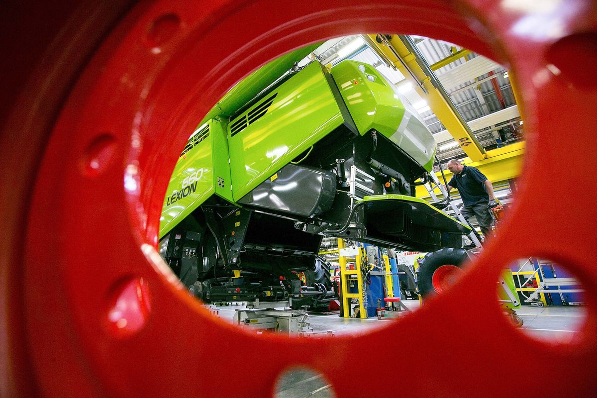 German Factory Orders Sink Unexpectedly thumbnail