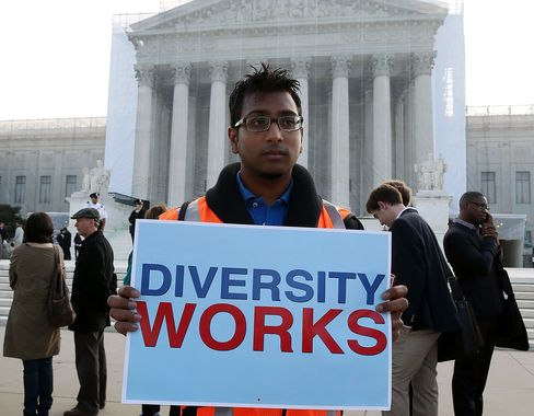 Affirmative Action at Colleges Questioned by U.S. High Court (1)
