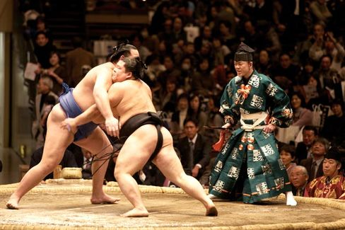 The Sumo Wrestler Way of Retaining Top Talent