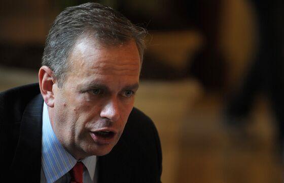 Eaton Vance, Invesco Take On Crossmark From Warburg in Debt Swap
