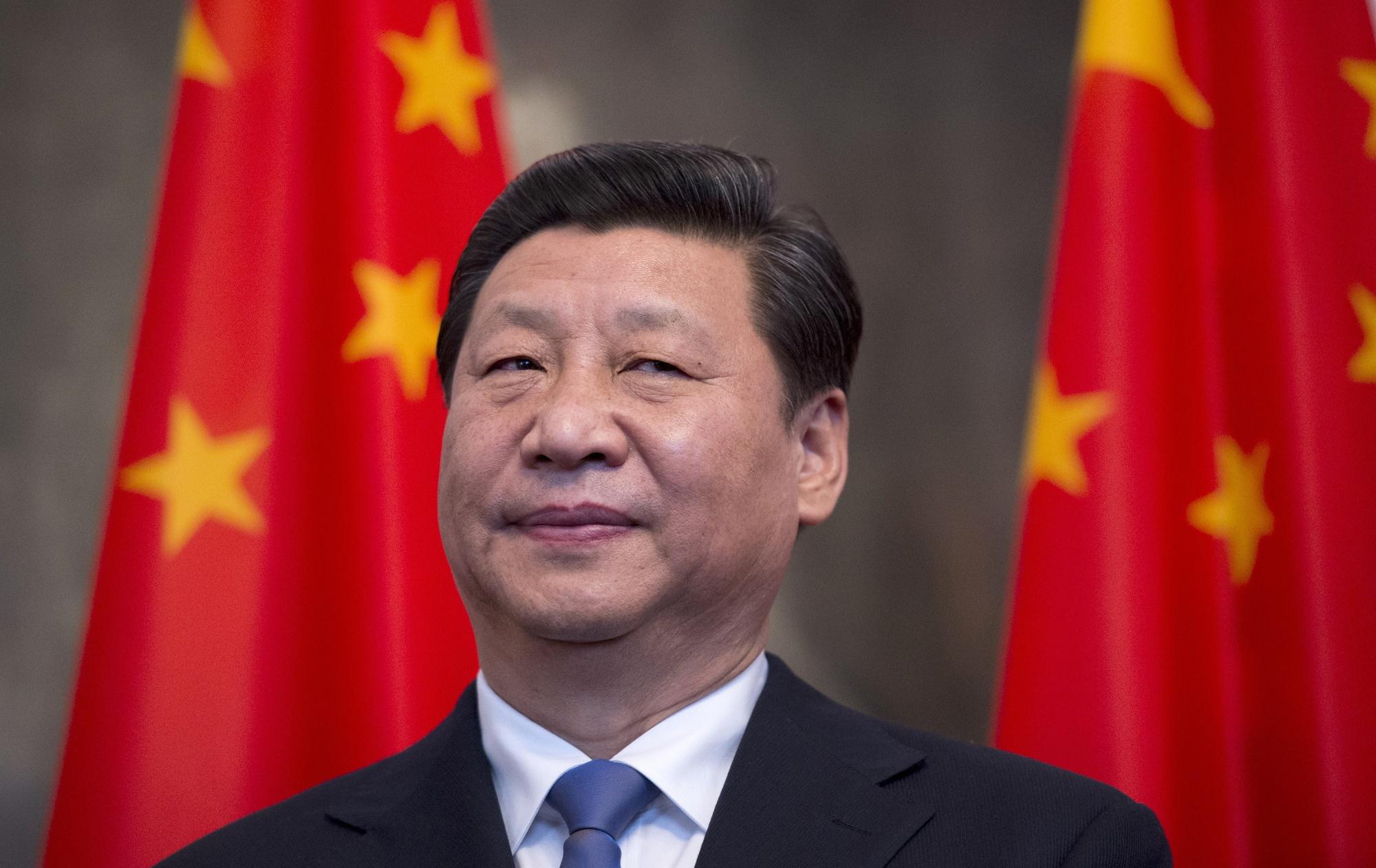 米国の香港人権法案に報復示唆の中国-強硬措置にはリスクも - Bloomberg