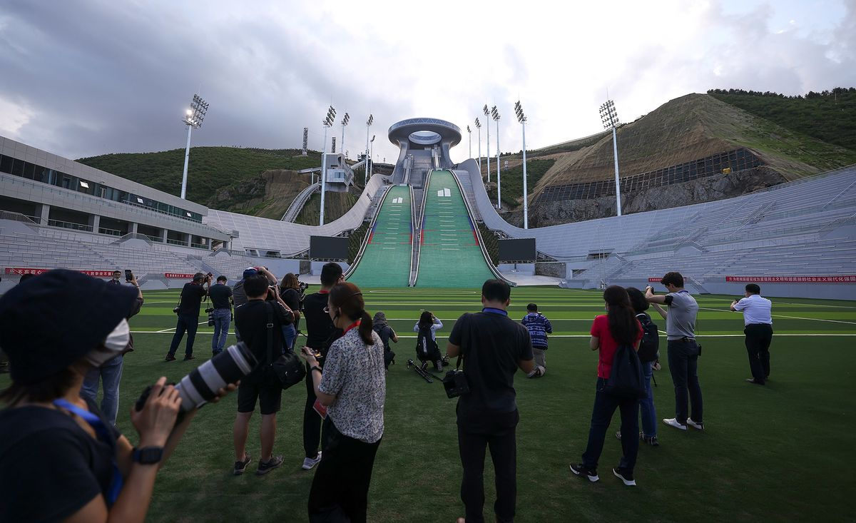 Lawmakers Press Companies to Drop Support for Beijing Olympics