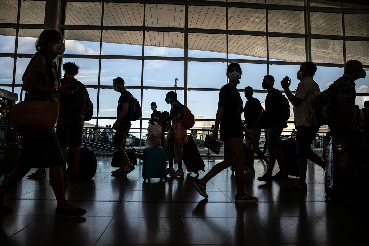U.S. Weighs Requiring Vaccinations for All Foreign Visitors
