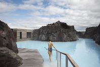 relates to Iceland Wants to Restart Tourism—But Only for the Wealthy