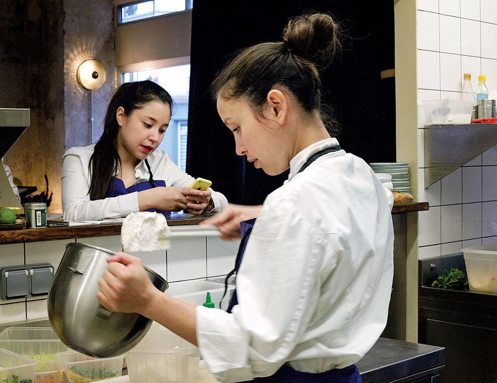 The Best Bistro in Paris Is Run by the Levha Sisters