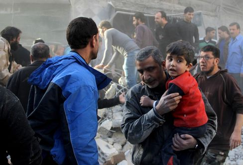 Russian airstrikes hit Aleppo