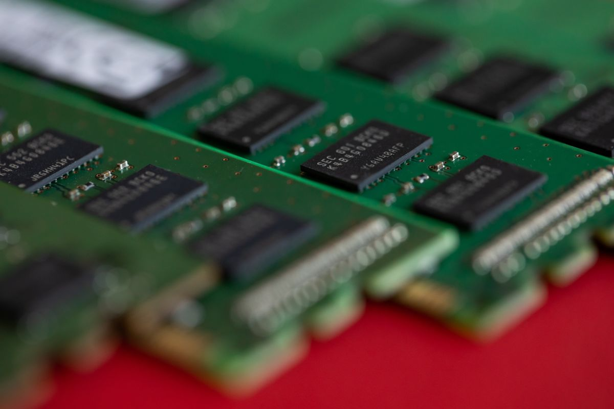Behind Samsung's $116 Billion Bid for Chip Supremacy