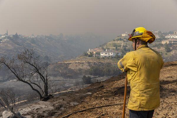 Firefighters Battle The Saddleridge Fire In Southern California