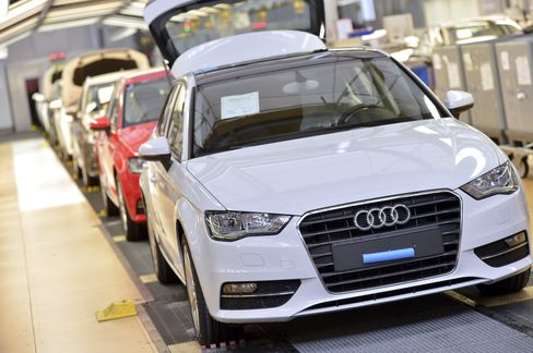 Audi Unveils A3 Sedan to Woo Buyers in American, Chinese Markets