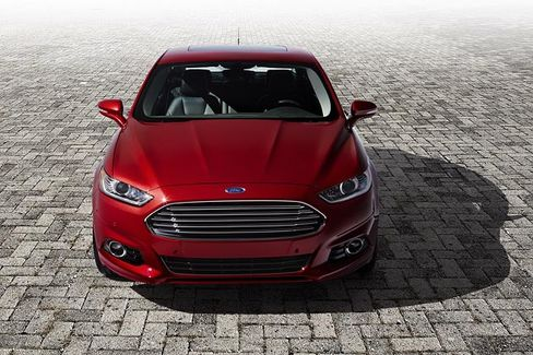 Ford Fusion Is Denting Detroit While Chasing Camry