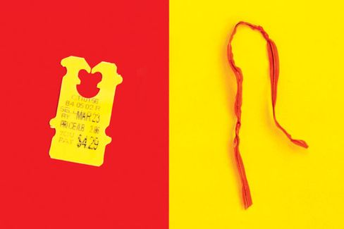Twist-Ties vs. Plastic Clips: Tiny Titans Battle for the Bakery Aisle